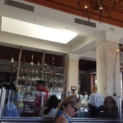 Photo taken at Il Fornaio Beverly Hills by Alain B. on 8/18/2012