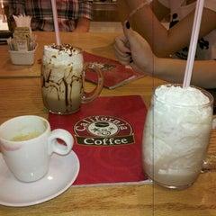 Photo taken at California Coffee by Cinthia M. on 8/26/2012