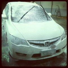 Photo taken at Miracle Car Wash by Neil Karlo E. on 8/3/2012