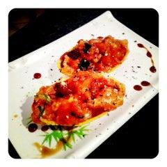 Foto tirada no(a) Hashi Sushi Bar por Luana B. em 5/17/2012