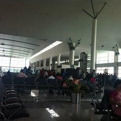 Photo taken at Lal Bahadur Shastri International Airport, Varanasi (VNS) by Markandey S. on 8/20/2012