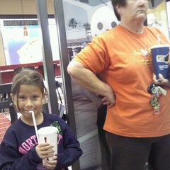 Photo taken at Jack in the Box by Liana P. on 2/13/2012
