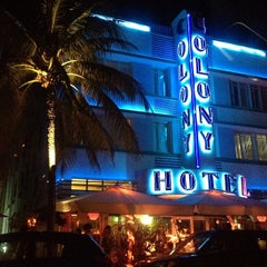 Photo taken at Colony Hotel by kimberly l. on 8/29/2012
