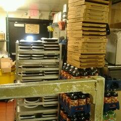 Photo taken at Pizza Hut by Zack G. on 6/11/2012