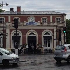 Photo taken at La Gare by Emmanuel B. on 5/19/2012