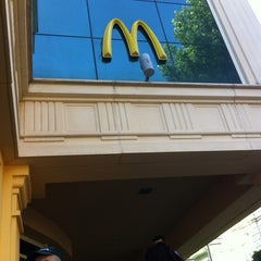 Photo taken at McDonald's by sadigoff on 6/2/2012