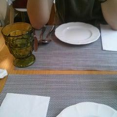 Photo taken at 비키친 (B_Kitchen) by Brad Gi IL L. on 8/12/2012