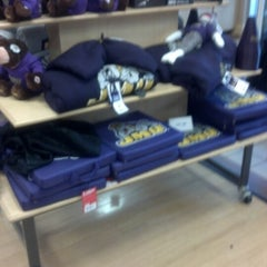 Photo taken at JMU Bookstore by Laquil H. on 8/26/2012