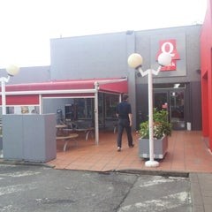 Photo taken at Quick by Maarten L. on 7/12/2012