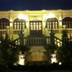 Photo taken at Praya Palazzo (พระยา พาลาซโซ) by หอย ม. on 2/16/2012