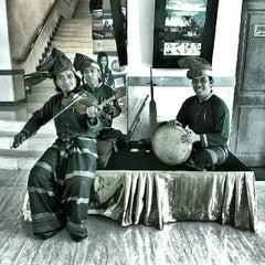 Photo taken at Hotel Aryaduta Makassar by Jauhari A. on 9/11/2012