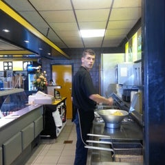 Photo taken at Snackbar Van der Wal by Ben A. on 8/27/2012