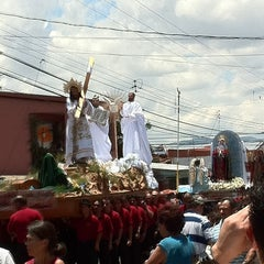 Photo taken at Santo Domingo by Criss L. on 4/10/2012