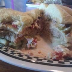 Photo taken at Quaker Steak & Lube® by Lynnette B. on 5/31/2012