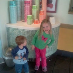 Photo taken at Tutti Frutti Frozen Yogurt by Stacey D. on 2/27/2012