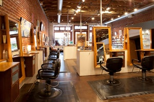 Artbeat Salon & Gallery