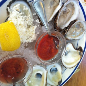 The 15 Best Places for Oysters in Austin