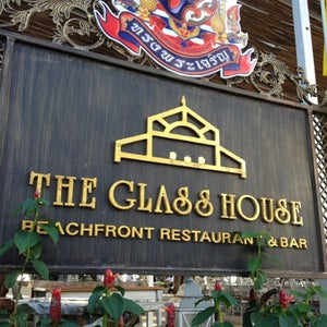 The Glass House (�?�?อะ กลาส�?ฮ�?าส�?)