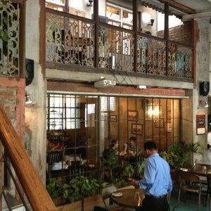 Pali Village Café