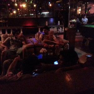 Mike's Bar La Cage: UNDER RENOVATION