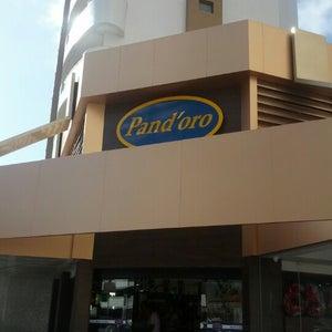 Pandoro Delicatessen