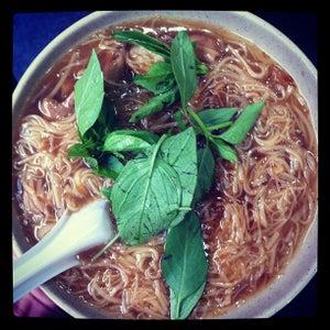 �?��?麵�? Ay-Chung Flour-Rice Noodle
