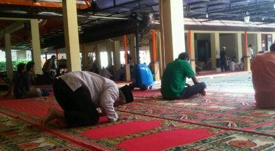 Photo of Mosque Masjid Al-Hakim BSD at Jalan Buana Kencana Blok D, Tangerang Selatan, Indonesia