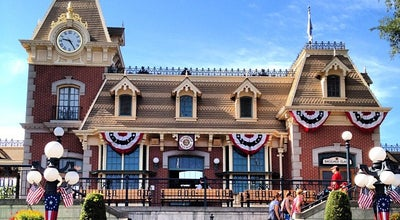 Photo of Theme Park Main Street, U.S.A. at Disneyland Park, Anaheim, CA 92802, United States