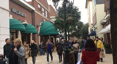 Photo of Clothing Store Tommy Hilfiger Outlet at Stadsweide 386, Roermond 6041 TD, Netherlands