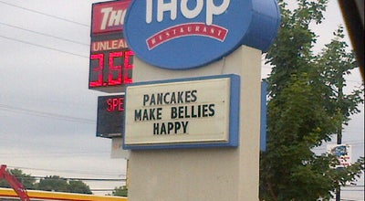 Photo of Breakfast Spot IHOP at 1401 S Hurstbourne Pkwy, Louisville, KY 40222, United States