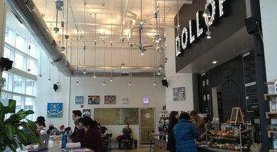 Photo of Coffee Shop Dollop Coffee & Tea at 345 E Ohio St, Chicago, IL 60611, United States