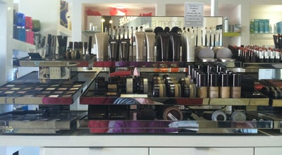 Photo of Salon / Barbershop Essentiels Spa Et Beaute at 9000 Ming Ave Ste K7, Bakersfield, CA 93311, United States