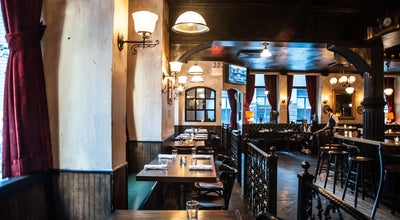 Photo of American Restaurant White Oak Tavern at 21 Waverly Pl, New York City, NY 10003, United States