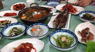 Photo of Korean Restaurant 흥덕식당 at 중앙초등길 47, 순천시 540-970, South Korea