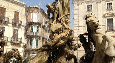 Photo of Monument / Landmark Fontana di Diana at Piazza Archimede, Siracusa, Italy