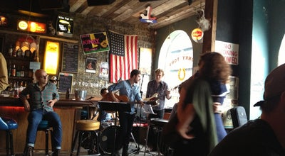 Photo of Dive Bar Skinny Dennis at 152 Metropolitan Ave, Brooklyn, NY 11249, United States