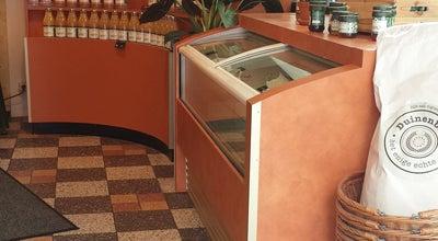 Photo of Bakery Bakkerij Van Maanen at Muiderbos 126, Hoofddorp 2134 SV, Netherlands