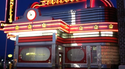 Photo of Hot Dog Joint Portillo's Hot Dogs at 555 E 81st Ave, Merrillville, IN 46410, United States