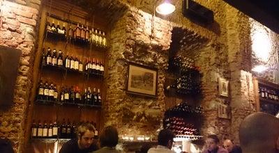 Photo of Wine Bar Vetusta insigna at Via Alzaia Naviglio Grande 48, Milano 20144, Italy