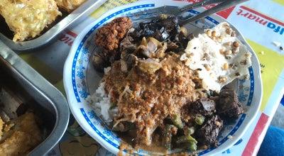 Photo of Asian Restaurant Pecel Bu Sumo at Jalan Kyai Saleh, Semarang, Indonesia