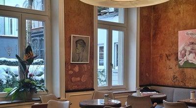 Photo of Cafe Café Gnosa at Lange Reihe 93, Hamburg 20099, Germany