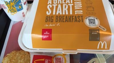 Photo of Burger Joint マクドナルド 阪奈宝来店 at 宝来4-17-3, 奈良市 631-0845, Japan