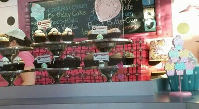 Photo of Cupcake Shop Smallcakes at 1480 Apalachee Pkwy, Tallahassee, FL 32301, United States