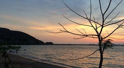 Photo of Beach หาดอ่าวอุดม (Ao Udom Beach) at Ban Ao Udom, Si Racha 20230, Thailand