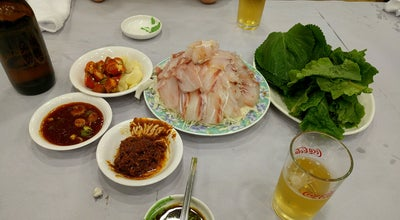 Photo of Seafood Restaurant 영란횟집 at 중구 중앙대로29번길 2-3, 목포시, South Korea