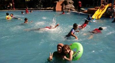 Photo of Pool Water Splash at Near Kompleks Kota Darul Naim, Kota Bharu, Malaysia