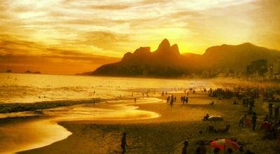 Photo of Scenic Lookout Pedra do Arpoador at Rio de Janeiro 22080-050, Brazil