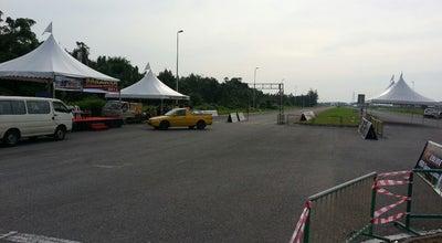 Photo of Racetrack Sarawak Drag Battle Strip at Malaysia