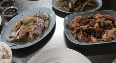 Photo of Chinese Restaurant ข้าวต้มซุ่ยฮ้อ (เฮียเก้า) at ตลาดเมืองทอง, ราชบุรี, Thailand