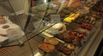 Photo of Bakery Le Fournil Henry IV at 2-6 Rue De Verdun, Suresnes 92150, France